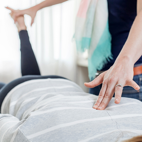 Chiropractor and patient in Gresham