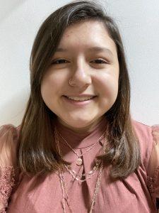 photo headshot of receptionist Alicia Hanna